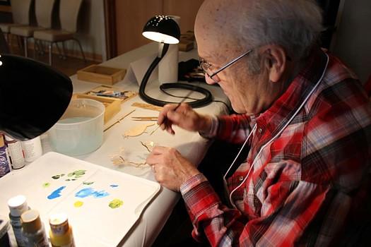 Bob Sunyog at work